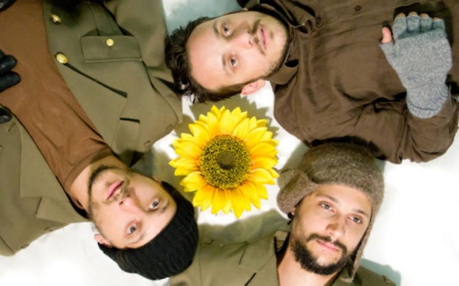 Sotto i Girasoli: uno nuovo spettacolo della Compagnia PuntoTeatroStudio che ci racconta la vita