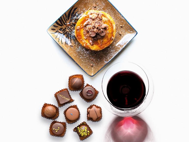 Cioccolato fondente e vino. Quello perfetto è il Primitivo di Manduria Dolce Naturale