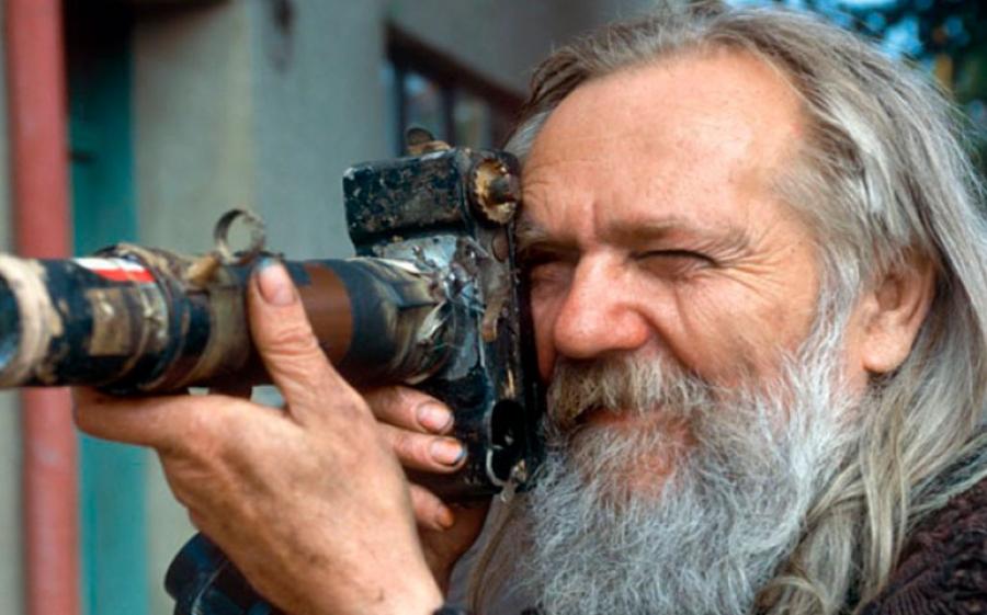 Miroslav Tichy: il voyerismo come forma d'espressione e la fotografia come ultimo segnale di passaggio dell'artista.