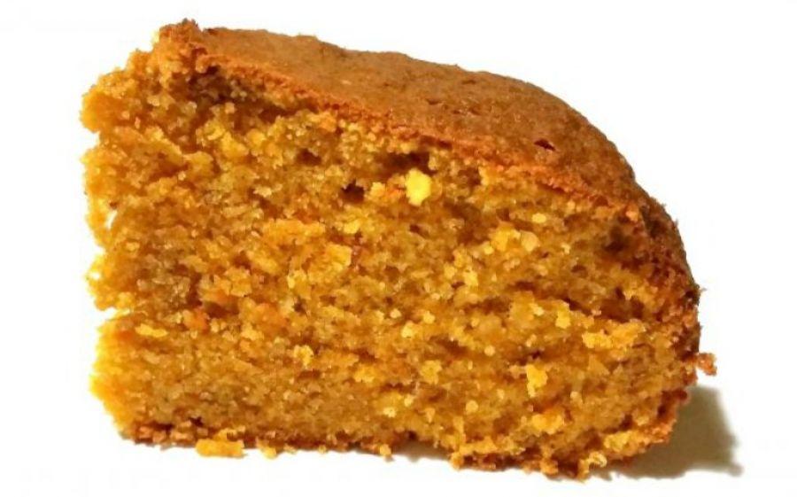 Torta speziata di zucca e carote