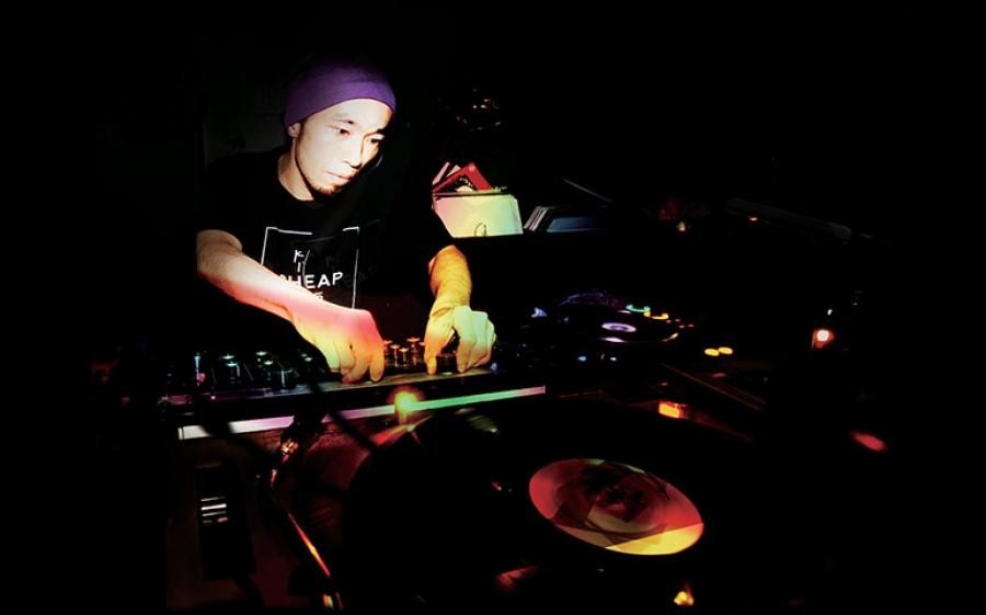 Discosafari al Dude Club tra party esclusivi e dj set d'eccezione, in console Dj Chida
