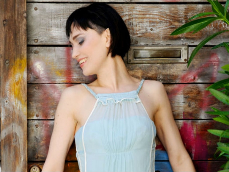 Angelique Cavallari, dal cinema alla musica