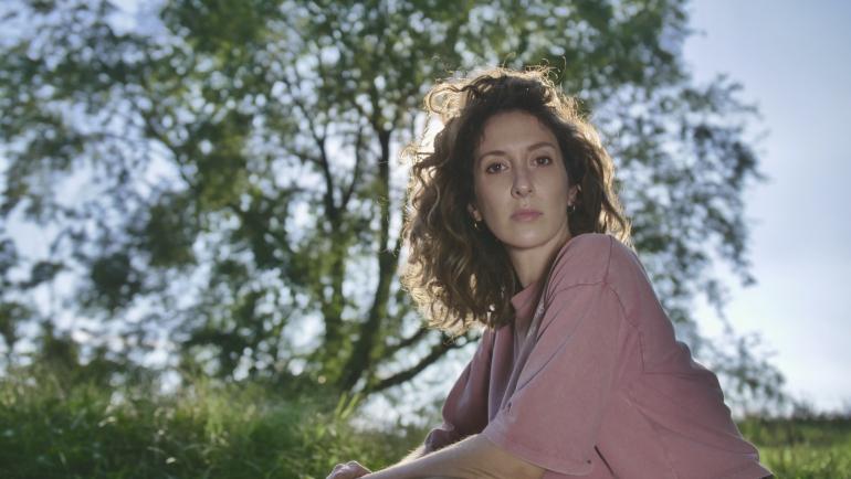 Da domani in radio 'Be Kind', il nuovo singolo di Franca Barone: il videoclip in anteprima