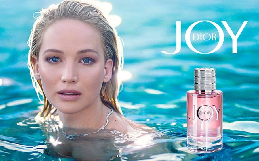 Jennifer Lawrence è la nuova testimonial di Joy by Dior, il nuovo profumo della Maison francese Dior