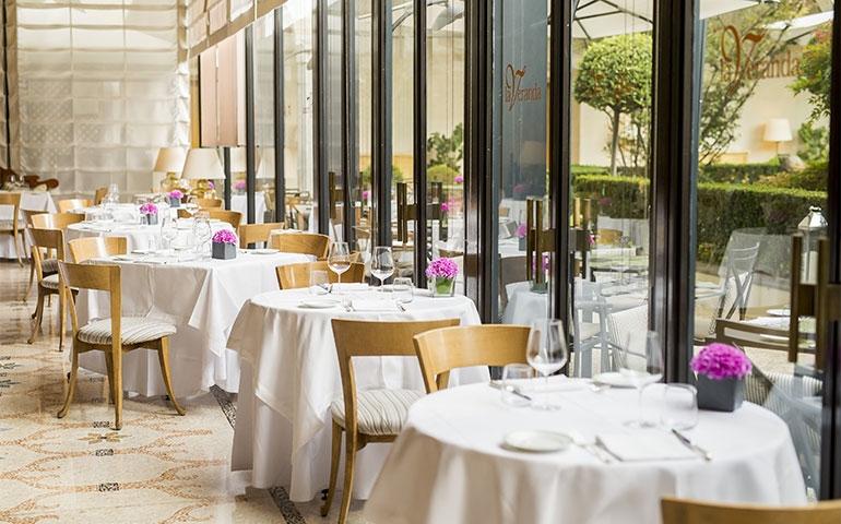 Una serata incantevole al Ristorante La Veranda del Four Seasons Hotel